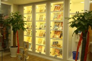 Teach English in Shanghai at K&H - bookcase